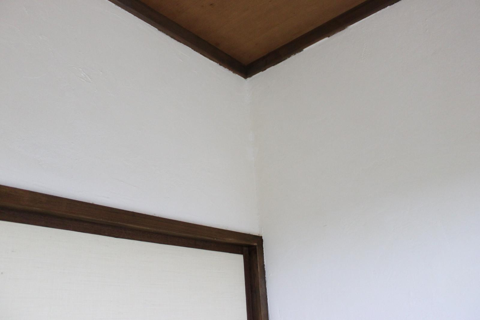古民家風になりました 漆喰の壁 砂壁や壁紙クロスの上から施工可能